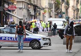 Truy tìm nghi phạm vụ nổ bom ở phố đi bộ làm 13 người bị thương