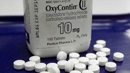 Xét xử Johnson & Johnson trong bê bối thuốc giảm đau thuộc nhóm opioid