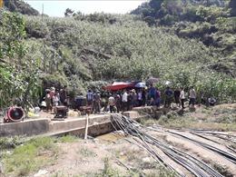 Nỗ lực giải cứu nạn nhân bị mắc kẹt trong hang đá ở huyện Si Ma Cai