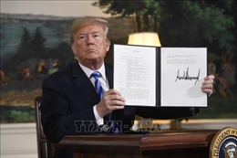 Ra lệnh trừng phạt Iran, Tổng thống Mỹ 'dọa' có thể còn hành động quân sự