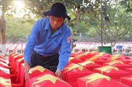 An táng 172 hài cốt liệt sỹ qua các thời kỳ tại Nghĩa trang liệt sỹ Dốc Bà Đắc, An Giang