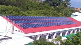 Long An: Nhiều hộ dân sử dụng hệ thống điện năng lượng mặt trời áp mái