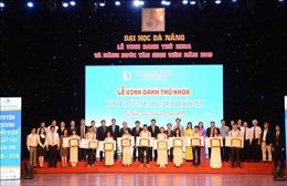 Đại học Đà Nẵng vinh danh thủ khoa, nâng bước tân sinh viên năm 2019
