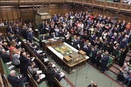 Quốc hội Anh bắt đầu làm việc trở lại