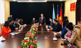 Đoàn Học viện Hành chính quốc gia thăm, làm việc tại Ukraine
