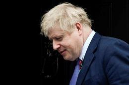 Vụ 39 thi thể trong xe tải ở Anh: Thủ tướng Boris Johnson ký sổ tang chia buồn