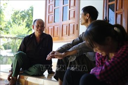 Đảng viên người dân tộc Dao dân vận khéo