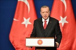 Tổng thống Thổ Nhĩ Kỳ thăm Qatar