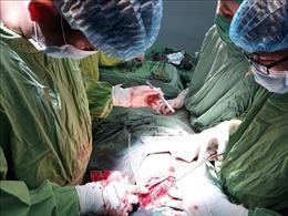 Trong một ngày, cứu sống 2 bệnh nhân bị đâm thủng tim