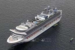 Kiểm tra sức khỏe toàn bộ nhân viên đã tiếp xúc với khách trên tàu Diamond Princess