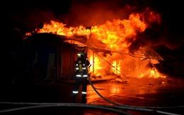 Hỏa hoạn thiêu rụi 3 sạp hàng tại chợ Nhị Quí, Tiền Giang 