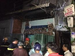 Cháy nhà dân trong hẻm, ba gia đình bị thiệt hại