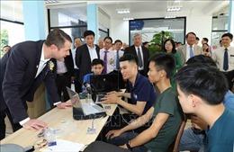 Thu hút nhân tài ở nước ngoài tham gia hoạt động khoa học công nghệ tại Việt Nam