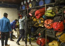Dịch COVID-19: Nepal tạm ngừng mọi hoạt động leo núi