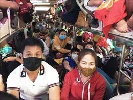 Đại sứ quán Việt Nam tại Lào khuyến cáo công dân không nên vội vã về nước