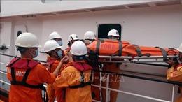 Khẩn trương cấp cứuthuyền viên đau ruột thừa ở vùng biển Hoàng Sa