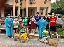 Thơm thảo tấm lòng người Việt tại Malaysia