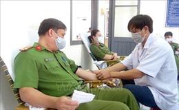 Trên 300 chiến sĩ Công an tỉnh Phú Yên tham gia hiến máu tình nguyện