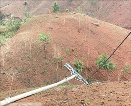 Gần 10.000 khách hàng bị mất điện do mưa to kèm giông lốc tại Sơn La