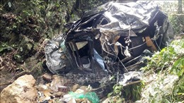 Thăm hỏi, động viên gia đình người bị tai nạn giao thông tại Tam Đảo