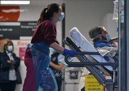 Anh tự tin sẽ đẩy lùi dịch COVID-19 tại các bệnh viện, cơ sở dưỡng lão