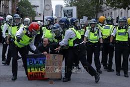 Anh đẩy nhanh quy trình khởi tố những người biểu tình bạo lực