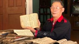 Tâm huyết với việc giữ gìn và truyền dạy chữ nôm Dao
