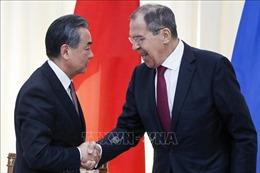 Ngoại trưởng Nga – Trung trao đổi nhiều vấn đề quan trọng