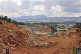 Xử phạt doanh nghiệp mở đường trái phép xuyên rừng để khai thác khoáng sản