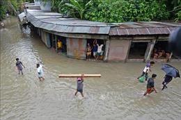 Gần một nửa đất nước Bangladesh bị lũ lụt tàn phá, 119 người thiệt mạng