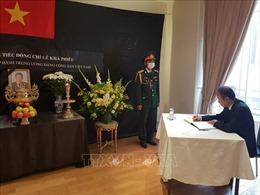 Lễ viếng nguyên Tổng Bí thư Lê Khả Phiêu tại Pháp, Italy