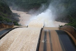 An toàn hồ, đập trong mùa mưa - Tuân thủ nghiêm quy trình xả lũ