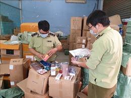 Phát hiện kho hàng lậu lớn gần cảng Phú Định, Thành phố Hồ Chí Minh