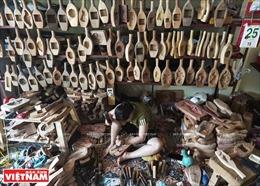 Những người 'giữ lửa'nghề làm khuôn bánh Trung thu truyền thống