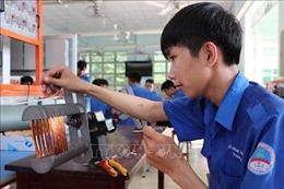 Đào tạo nghề ở Long An - Bài 3: Chú trọng giải pháp xuất khẩu lao động