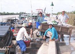 Bến Tre công bố mở hai cảng cá loại II