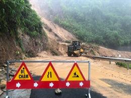 Mưa lớn gây sạt lở, ngập úng nhiều nơi ở Thừa Thiên - Huế