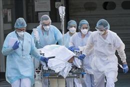 WHO: Số nhân viên y tế nhiễm virus SARS-CoV-2 có xu hướng giảm