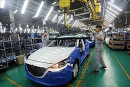 Doanh nghiệp ô tô lội 'ngược dòng'nhờ được giảm 50% phí trước bạ