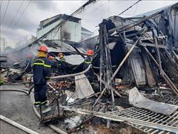 Cháy tại chợ Phường 8, thành phố Cà Mau