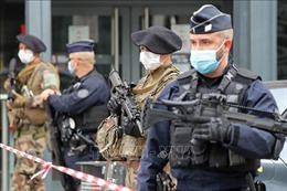 Bắt giữ thêm nhiều đối tượng liên quan vụ tấn công bằng dao tại Pháp