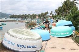 Ứng phó bão số 12: Phú Yên sơ tán dân vùng xung yếu, cho học sinh nghỉ học