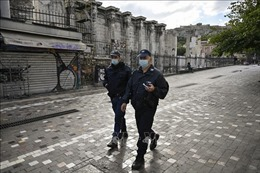 Cảnh sát Hy Lạp trấn áp người biểu tình vi phạm lệnh cấm tụ tập