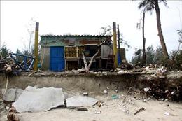 Xây dựng kè ngầm phá sóng để phòng chống sạt lở bờ biển Hội An