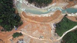 Kết hợp hoàn thiện việc nắn dòng chảy và tìm kiếm nạn nhân tại Thủy điện Rào Trăng 3
