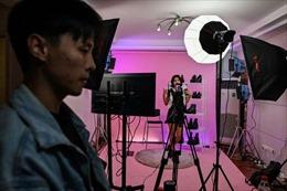 Trung Quốc ngăn chặn hành vi cổ xúy thói hư trên các nền tảng truyền phát trực tuyến