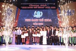 TP Hồ Chí Minh vinh danh các sinh viên thủ khoa