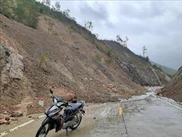 Mưa lớn kéo dài, xuất hiện nhiều điểm sạt lở tại vùng cao tỉnh Phú Yên