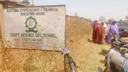 Nigeria nỗ lực giải cứu hàng trăm học sinh bị bắt cóc