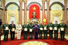 Phó Chủ tịch nước Đặng Thị Ngọc Thịnh tiếp Đoàn đại biểu Cựu chiến binh Trung đoàn 271 Quân khu Trị Thiên